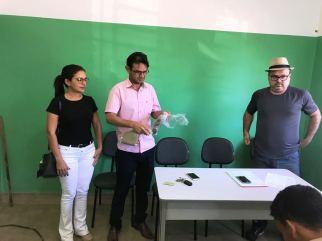 Secreatia de saude entrega fardamentos agentes edemias 02