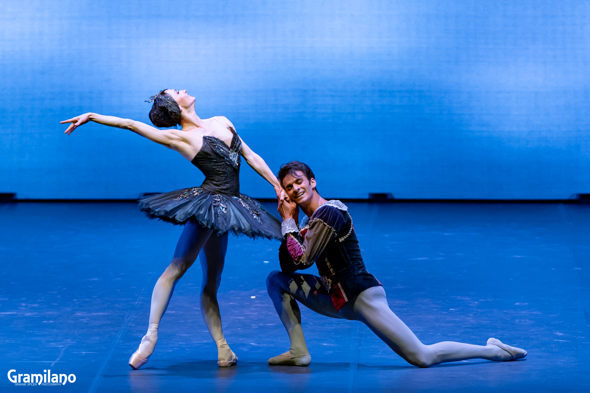 Anna Tsygankova and Constantine Allen in Swan Lake