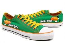 2011_09_green-bird-angry-birds-shoes-589x490