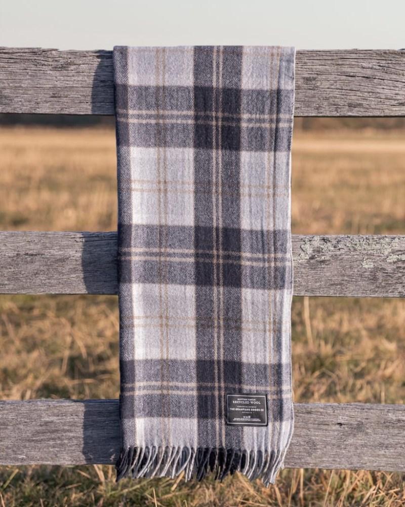 Navy - Grampians Scottish Tartan Blankets