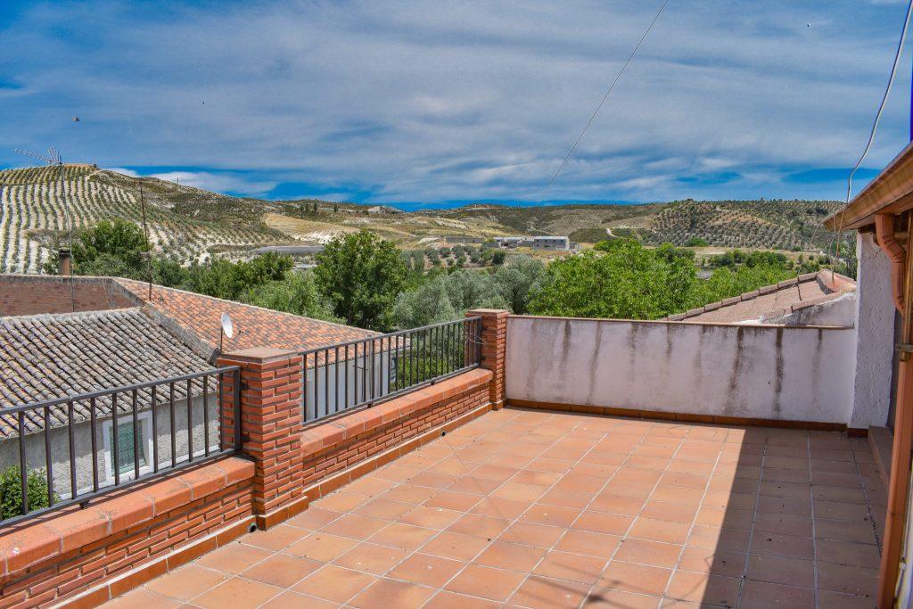 GR1620, Arenas del rey, €55,000, for sale, town house, lake Bermejales, Alhama de Granada, Granada estate agency