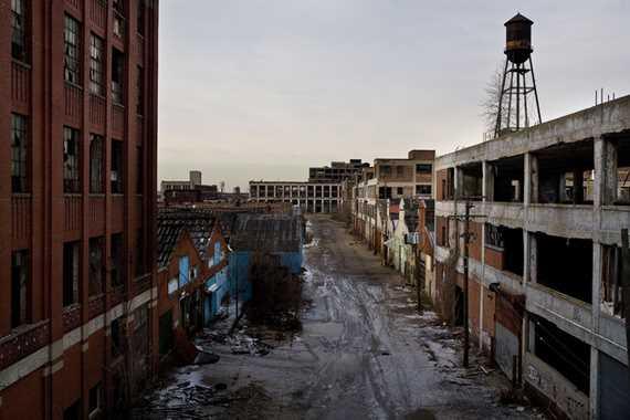 Resultado de imagen de detroit en ruinas imagenes