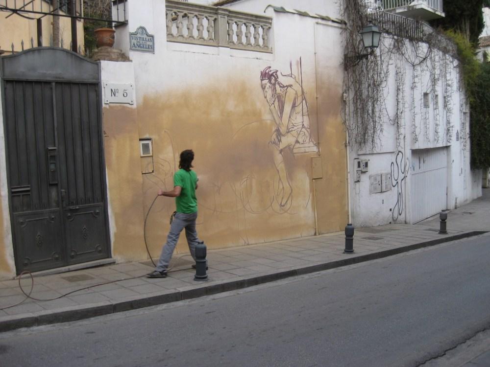 El Niño de las Pinturas at work. (4/6)