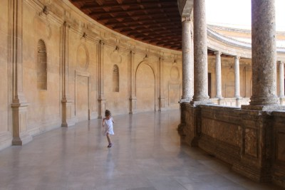 Take your kids to the Alhambra!