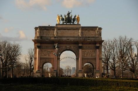 Le-caroussel-du-Louvre