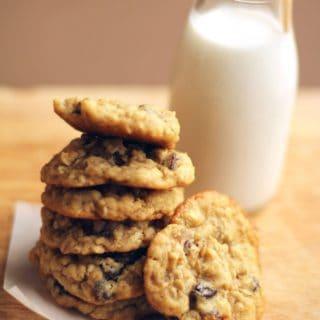 Chewy Oatmeal Raisin Cookies Recipe 5 320x320 - Chewy Oatmeal Raisin Cookies Recipe