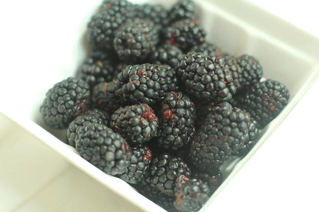 Blackberry Crumble Ice Cream 2 - Blackberry Crumble Ice Cream
