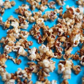 caramel+apple+popcorn3 320x320 - Caramel Apple Popcorn