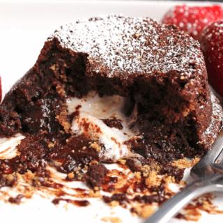 Screenshot 2014 02 04 07.29.24 320x320 - S'more Lava Cake