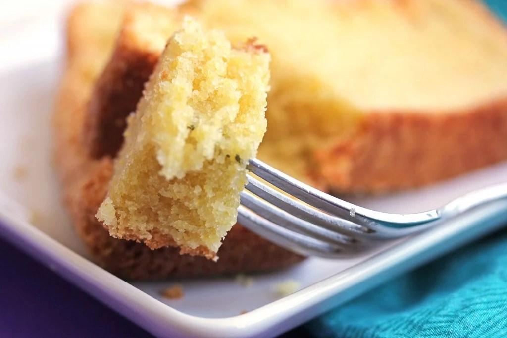 cornmeal pound cake 4 1024x682 - Cornmeal Pound Cake