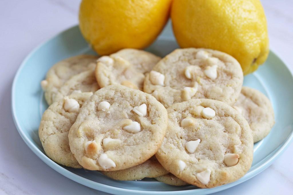 lemon white chocolate chip cookies 1 1024x682 - Lemon White Chocolate Chip Cookies