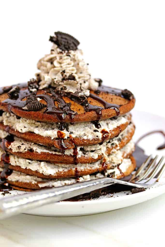 oreo pancakes cookies and cream pancakes 1 683x1024 - Oreo Pancakes (or Cookies and Cream Pancakes)