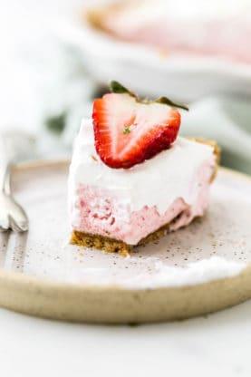 Strawberry Margarita Pie Recipe 4 277x416 - Strawberry Margarita Pie