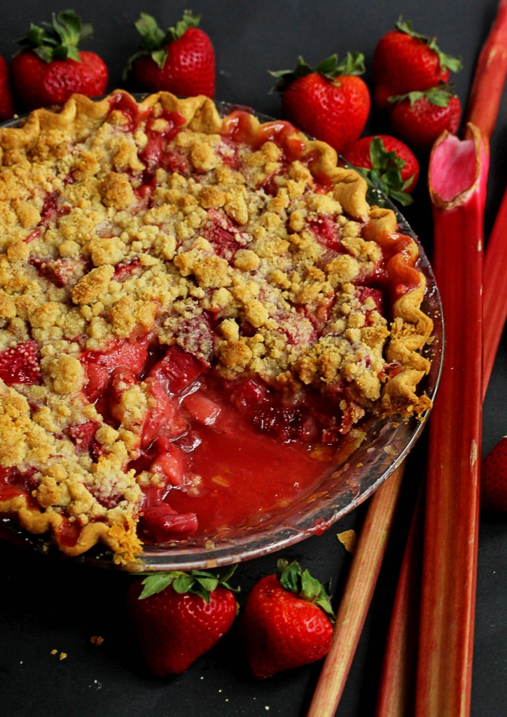 bhg strawberry rhubarb crumble pie 1 724x1024 - Strawberry Rhubarb Crumble Pie