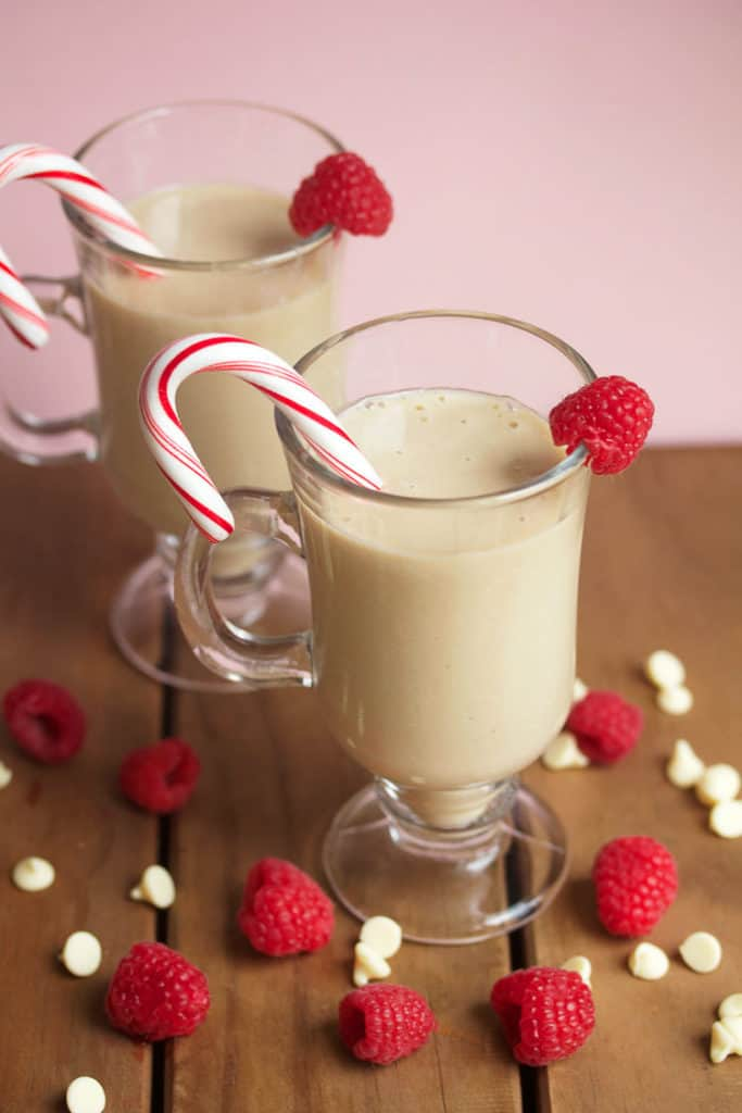 Soul warming white chocolate mudslides to keep you warm throughout the winter months!