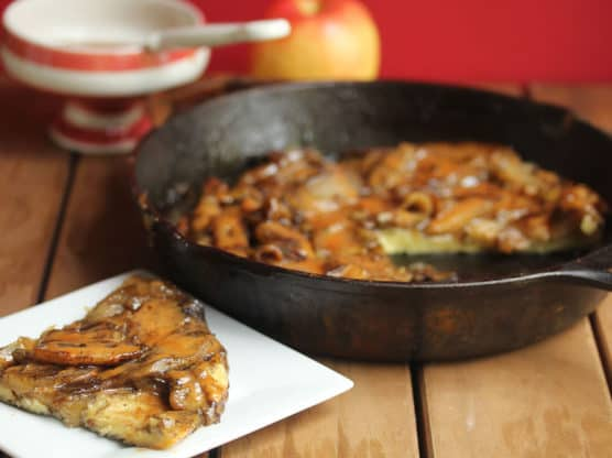 butterscotch apple pancake 4 556x416 - Butterscotch Apple Pancake