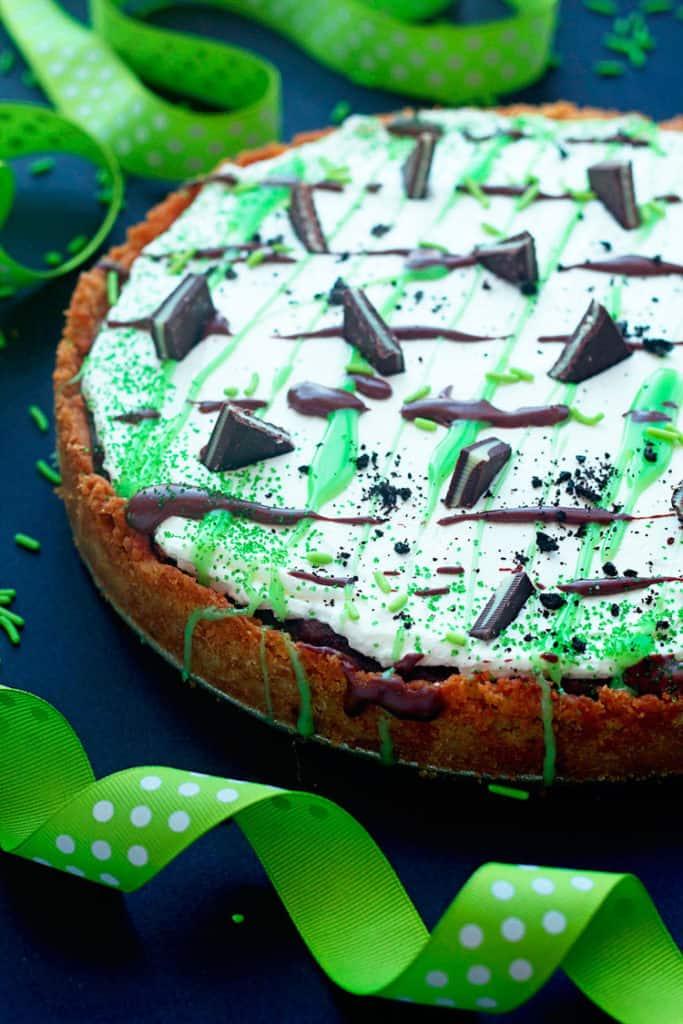 baileys st. patricks day dessert pizza 1 683x1024 - St. Patrick's Day Dessert Pizza