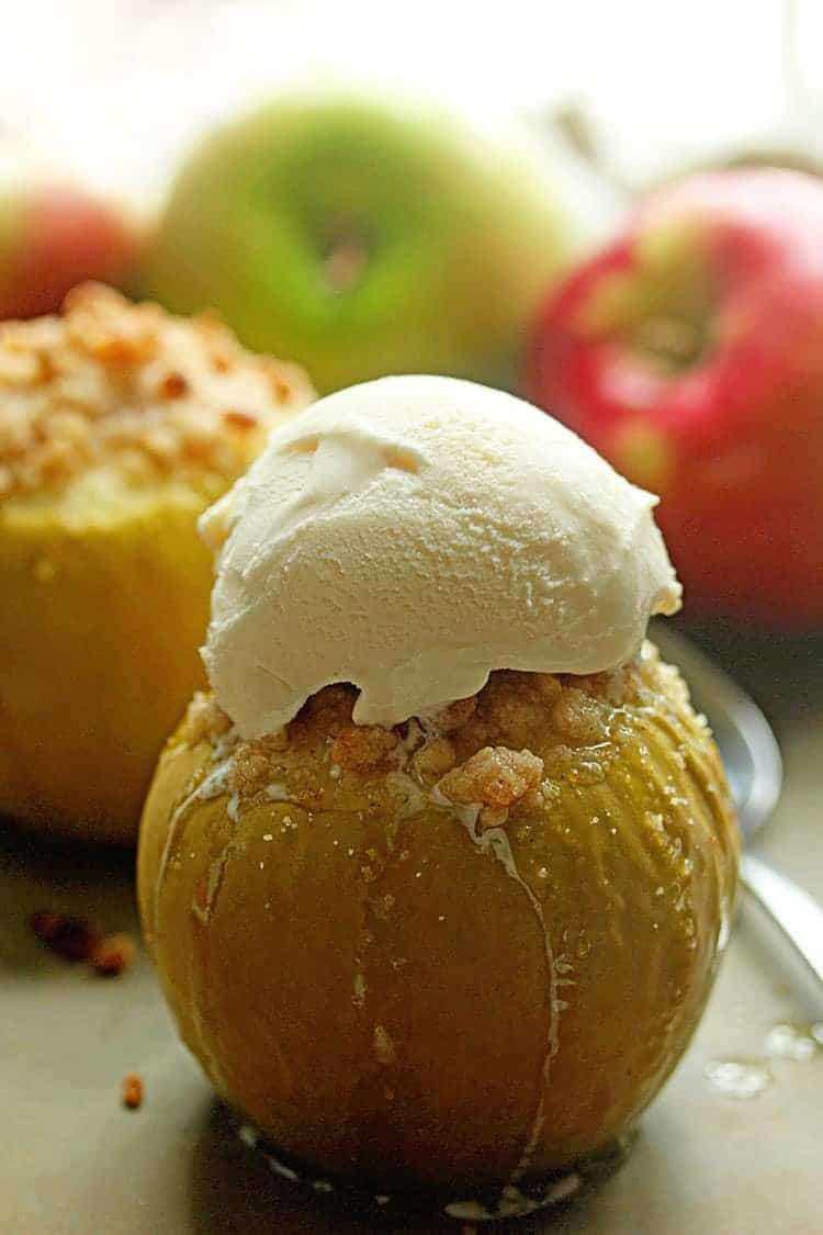 Baked Crumble Apples 3 - Baked Apples with Basic Apple Crumble Recipe