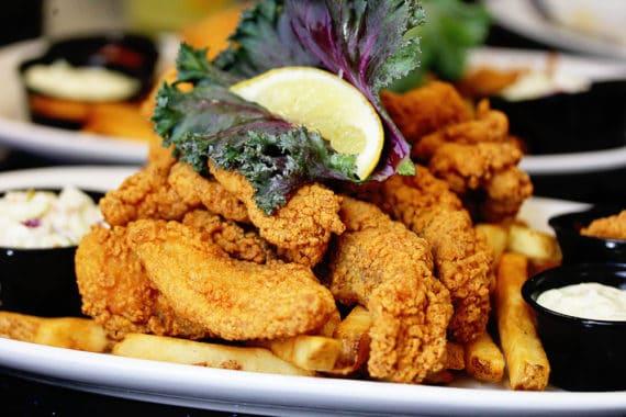 ultimate new orleans foodie experience Deanies 2 570x380 - The Ultimate New Orleans Foodie Experience