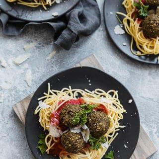 Spaghetti w Lentil Meatballs 1 320x320 - Spaghetti and Lentil Meatballs