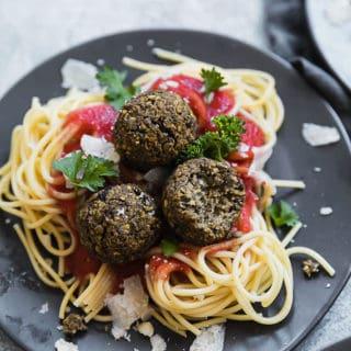 Spaghetti w Lentil Meatballs 6 320x320 - Spaghetti and Lentil Meatballs