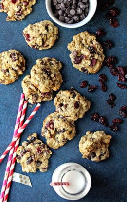 Dark Chocolate and Cranberry Oatmeal Cookies 1 261x416 - Dark Chocolate and Cranberry Oatmeal Cookies