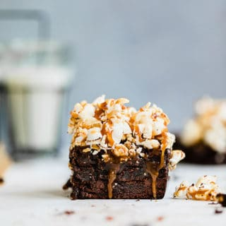 Salted Caramel Popcorn Brownies 4 320x320 - Salted Caramel Popcorn Brownies