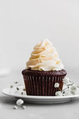 perfect chocolate cupcakes recipe 6low 277x416 - Moist Chocolate Cupcakes Recipe (So Easy!)