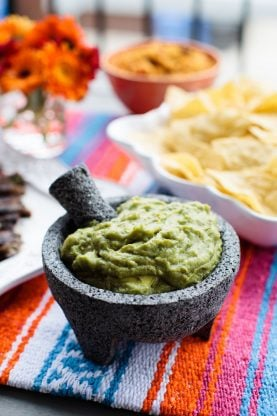 How to Throw A Mexican Fiesta | Grandbaby Cakes #taco #mexican #cincodemayo