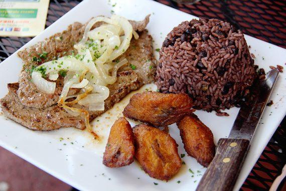 Best Food in Miami El Christo 3 570x380 - Best Food in Miami (Miami Restaurants)