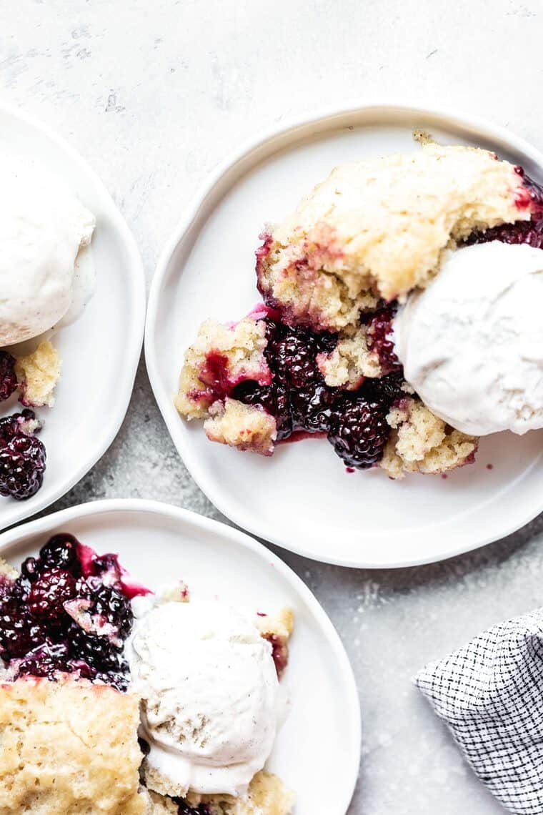 Southern Blackberry Cobbler 4 e1563107741385 - Southern EASY Blackberry Cobbler (Crock Pot!)
