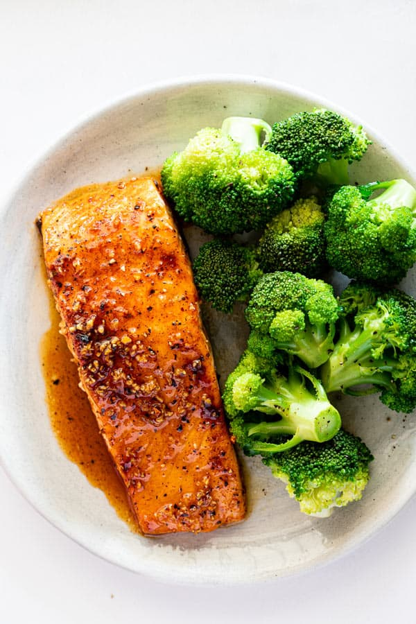 Maple glazed salmon 5 - Maple Glazed Salmon