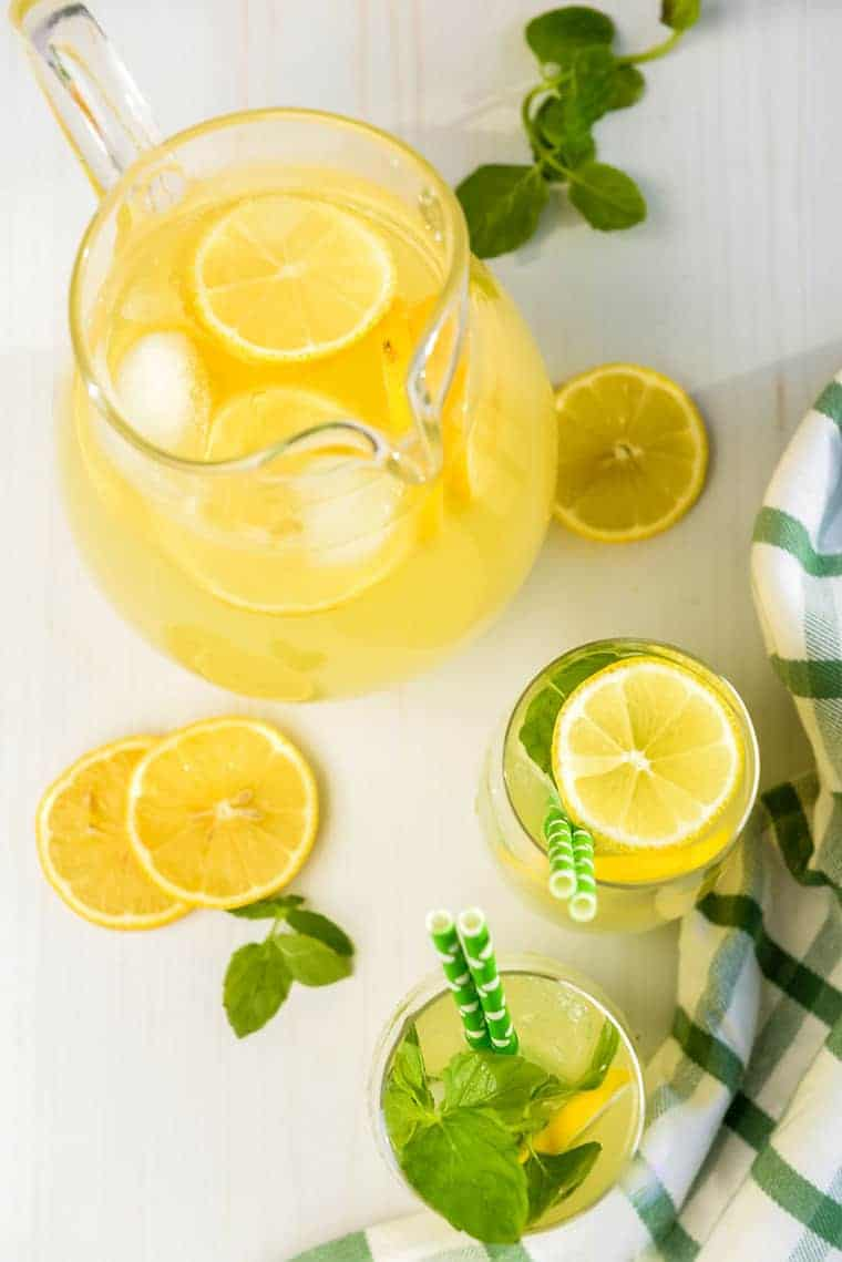 Homemade Lemonade 1 - Homemade Lemonade Recipe