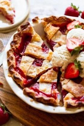 Strawberry Pie 2 277x416 - Strawberry Pie Recipe