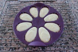pâte à madeleines dans le moule