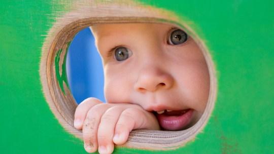 Développement du langage : les 7 stades de la communication chez l'enfant