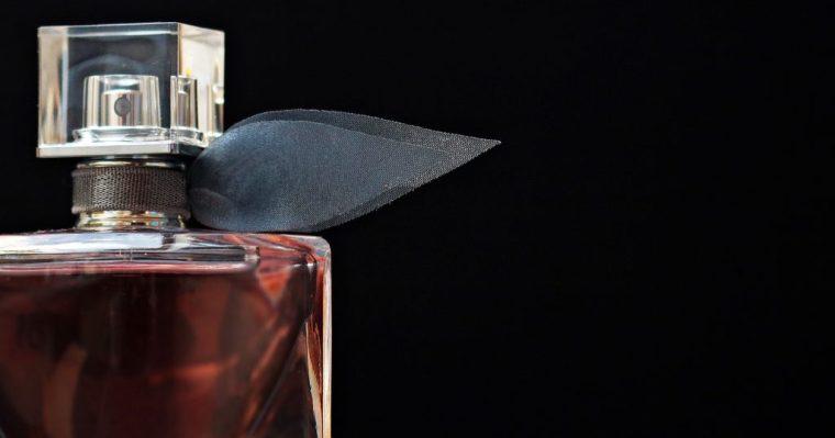 Offrir un parfum