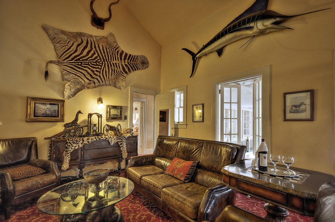 Accommodations Grand Island Mansion