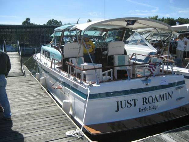 Classic Boats Just Roamin