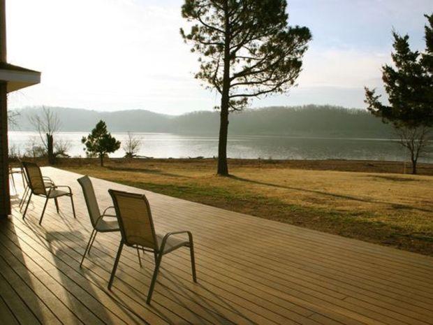 Cassanda Shores Grand Lake Views