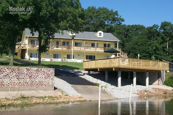 Lodging at Grand Lake Oklahoma