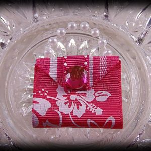 Purse Ribbon Sculpture Pink Hibiscus