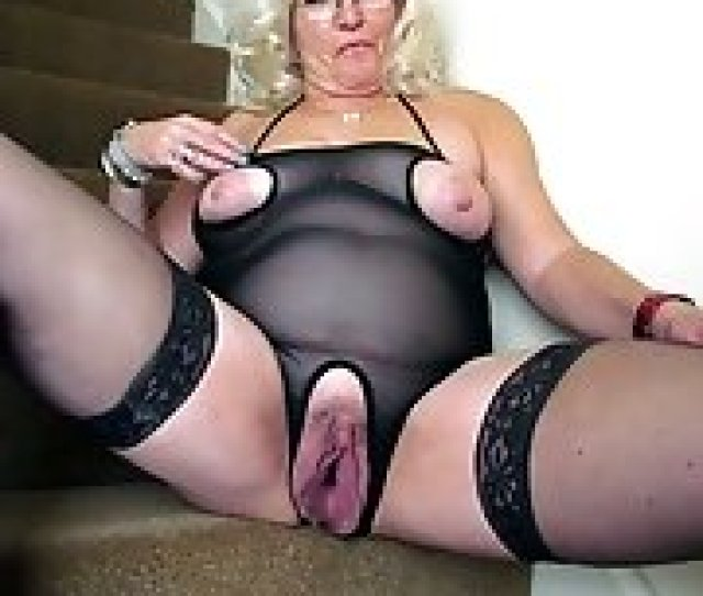 Granny Naked Pink Pussy