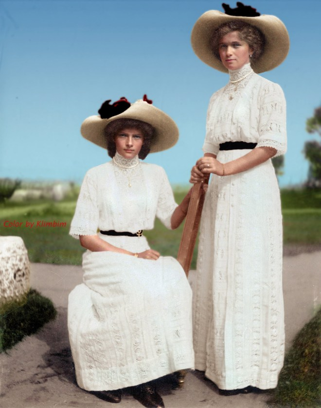 Grand Duchesses of Russia Olga and Tatiana Romanov