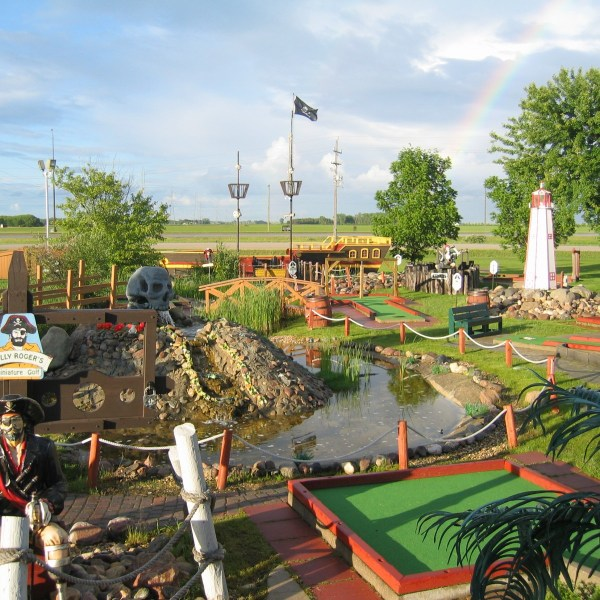 Grand Prix Amusements     Home Mini Golf
