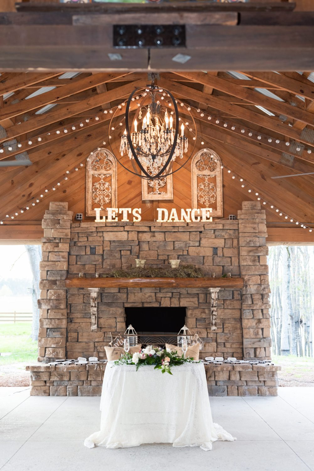 Sweetheart table - Wildhorse at Parker Farms