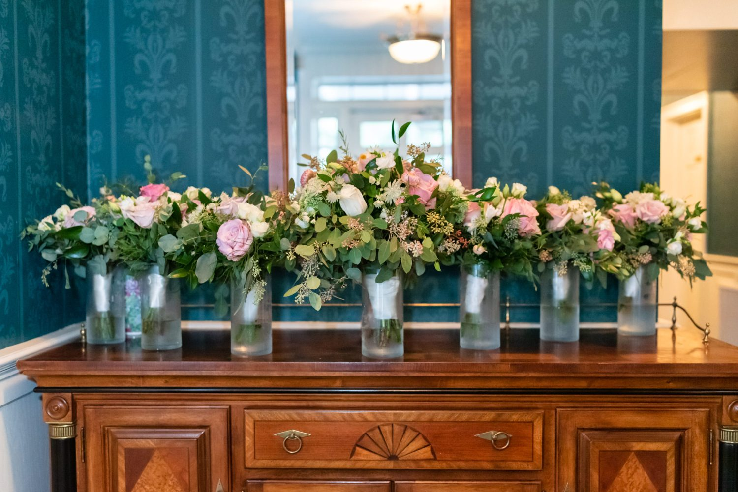 Bride and bridesmaids flowers - Litchfield Country Club