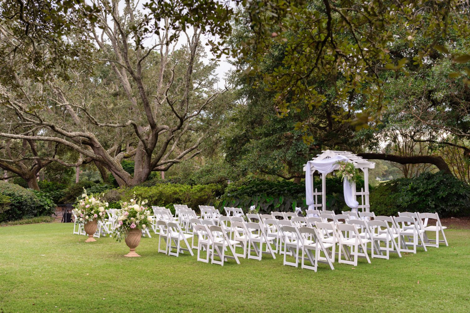 Ceremony lawn - Litchfield Country Club