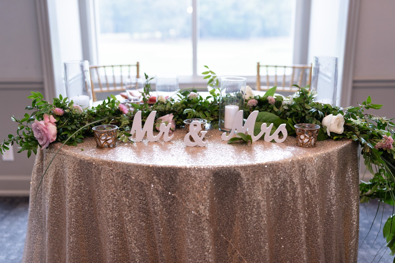 Mr and Mrs table details - Litchfield Country Club