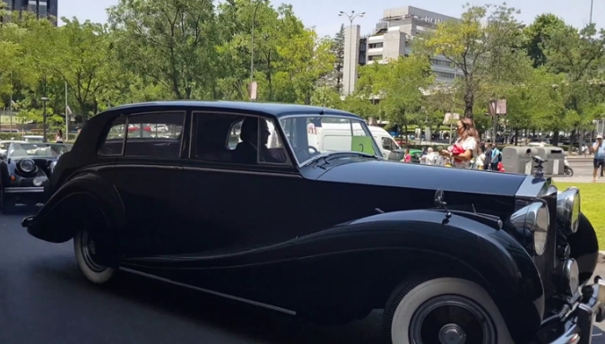 tour madrid luxury tour madrid events cars alquiler boda 1 1 - Nuestros coches